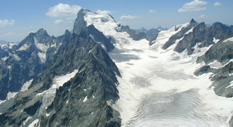 Glacier Blanc on Barre des Ecrins ( 4102 metres ) in the French Alps