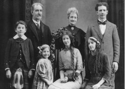 William Walker & Family c 1912