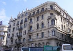http://www.hotel7.com/budapest/apartments/en.html