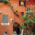 http://www.romanreference.com/rome-lodging.php