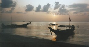 Sunset at Hat Yao on Pha Ngan Island in Southern Thailand